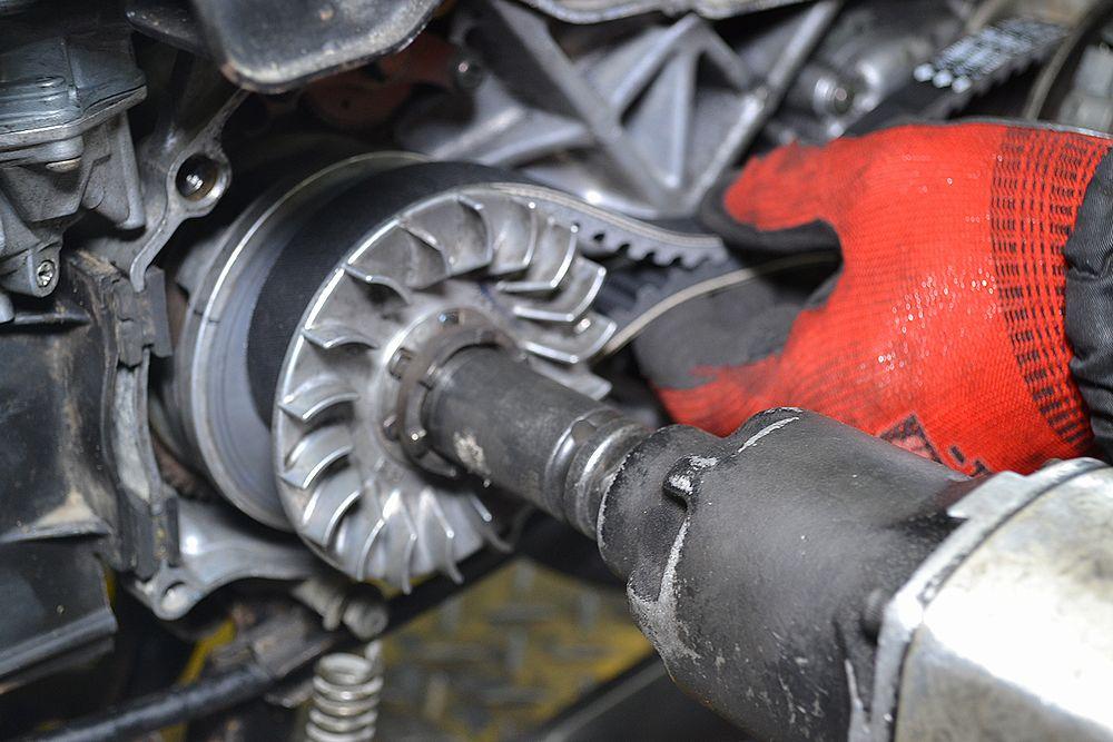 バイクのエンジンのオーバーホールで動かなかったバイクが動いた!のサムネイル画像