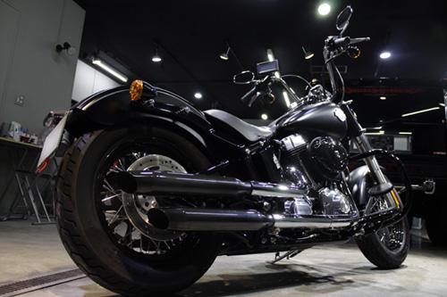 まるで飴細工のように輝くバイクのコーティング!その美しさの秘訣!のサムネイル画像