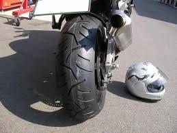 意外と難しいけど今更聞けないバイクのタイヤの比較についてご紹介!のサムネイル画像