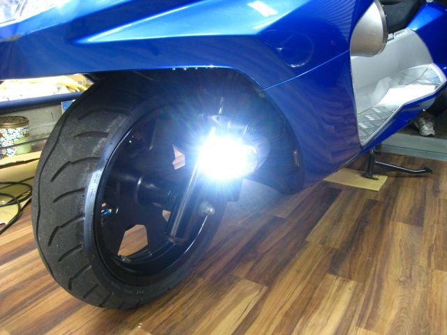 バイクのフォグランプの威力やメリットに驚きます!その理由はこちらのサムネイル画像