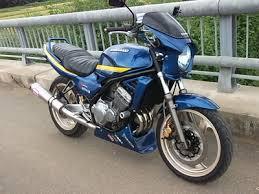 250ccでも馬力十分!人気のカワサキ バリオスをカスタムしよう!のサムネイル画像